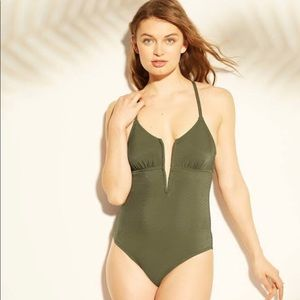NWOT Shade & Shore One-piece